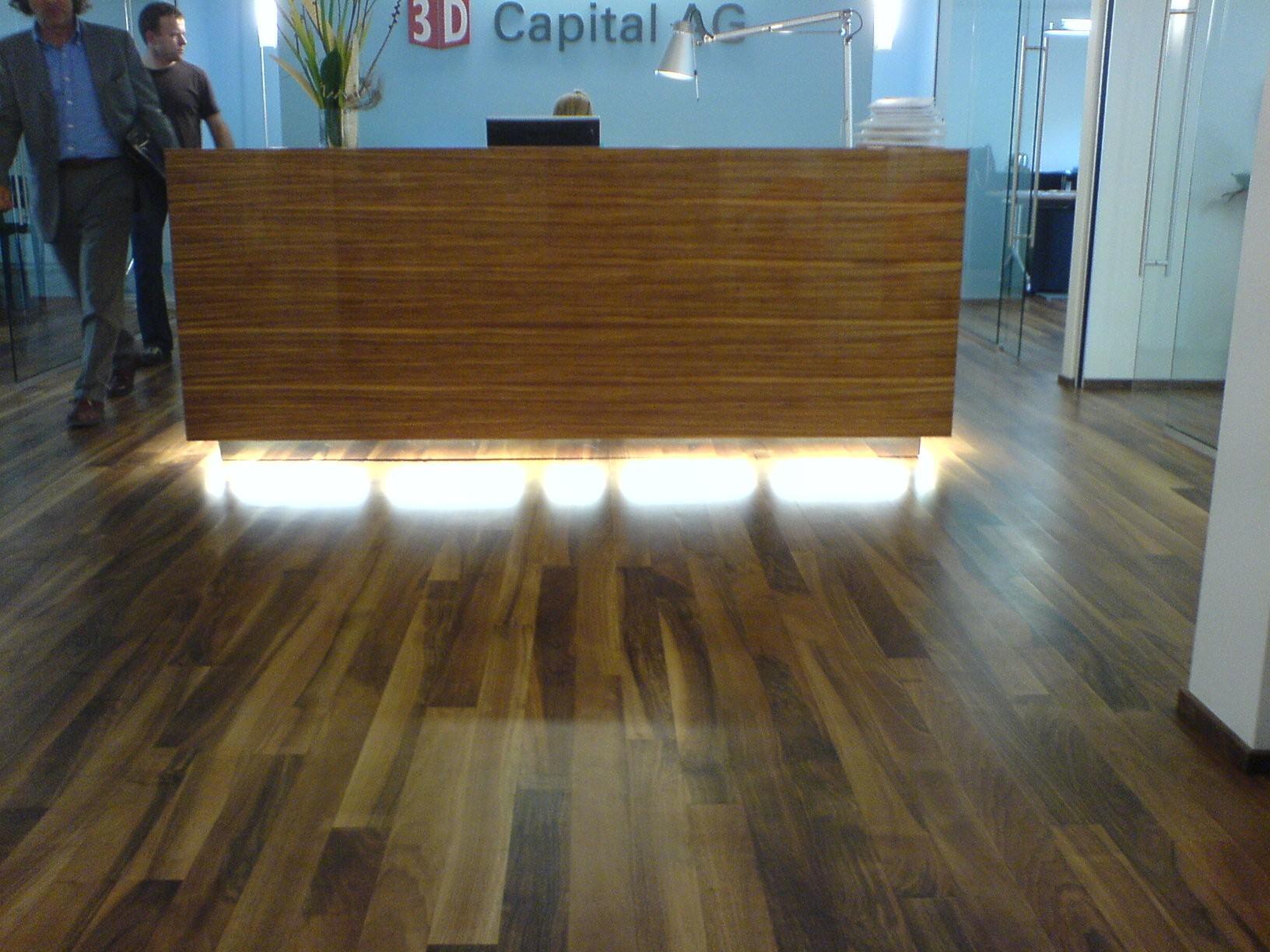 Beleuchteter Holzboden